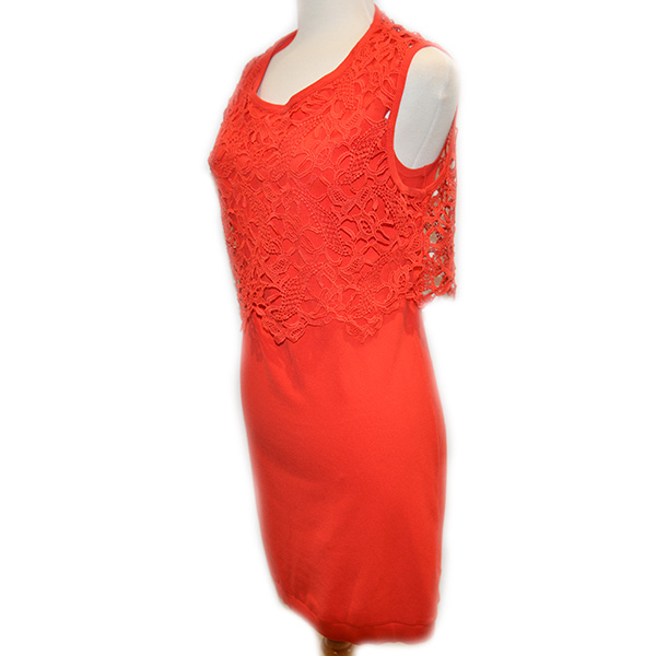 Side view of on sale pre-owned sleeveless Luisa Cerano knee length fitted dress with lace detail, in red.