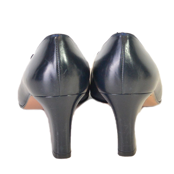 Back view of on sale pre-owned Salvatore Ferragamo Vintage Squared Toe Block Heels in navy.