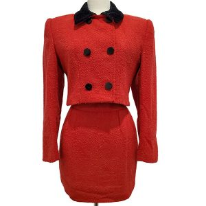 Pre-owned Come Gilda Skirt Suit in red, with black collar and buttons.