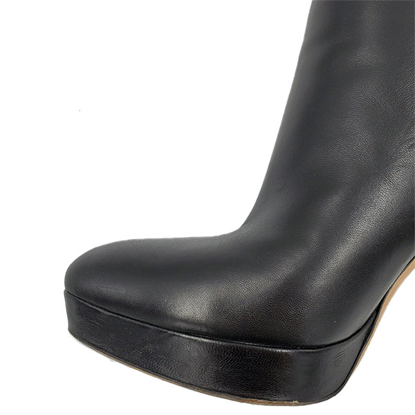 Close up front view of pre-owned Gucci Black Ankle Booties.