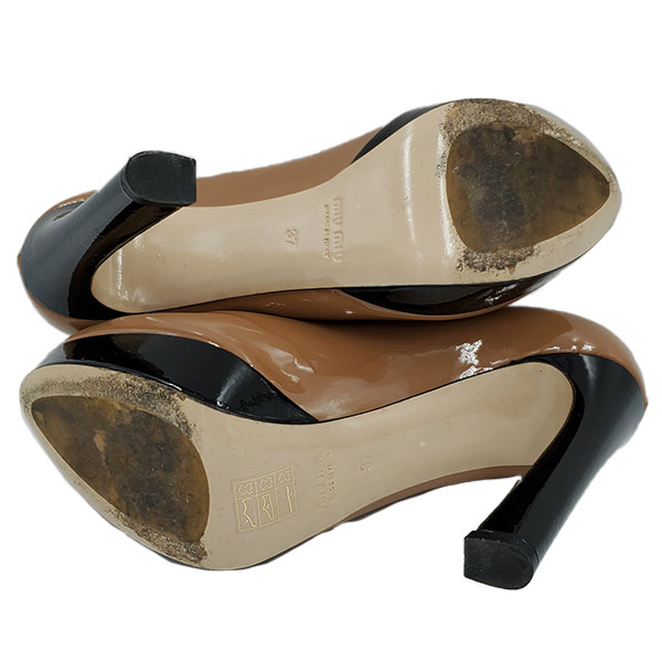 Soles of on sale pre-owned Miu Miu Shiny Leather Colour-Block Pumps.