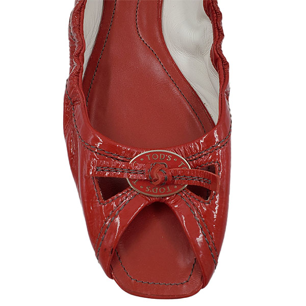 Top view of on sale pre-owned Tod's Leather Square Toe Flats in red, with bow in front.