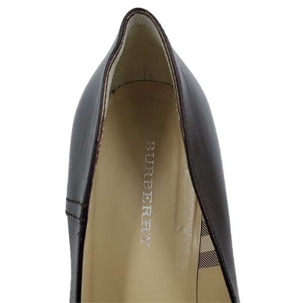 Logo of Burberry Pointed-toe Flats.