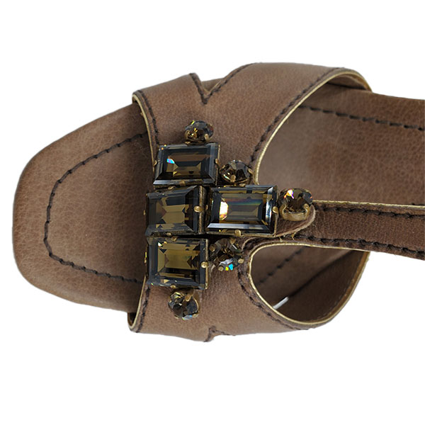 Top view of pre-owned Miu Miu Embellishment Sandals in brown.