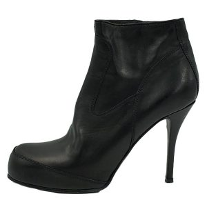Pre-owned Rick Owens Leather Zip-up Booties in black, with rounded toe and skinny heels.