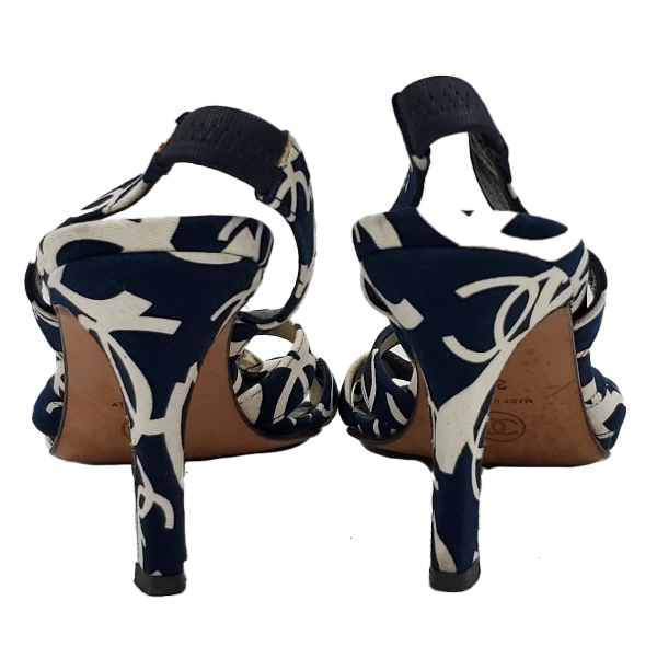 Back view of pre-owned Chanel Vintage Canvas Printed Sandals in navy and white.