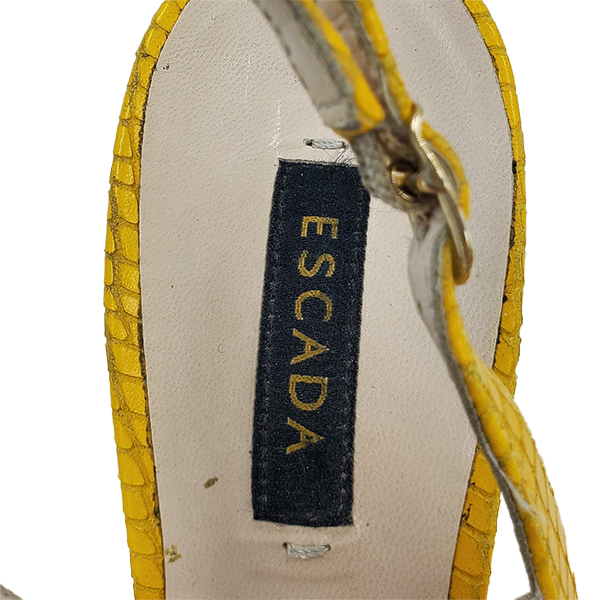 Logo of pre-owned Escada Leather Kitty Heels.