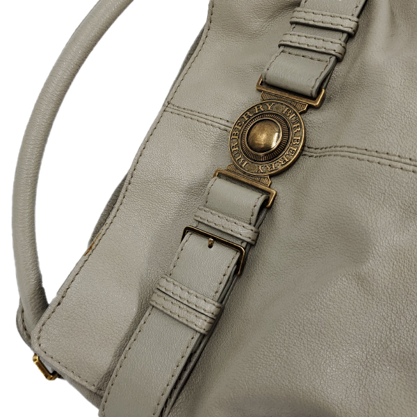 Close up details of pre-owned Burberry Leather Hobo Bag.