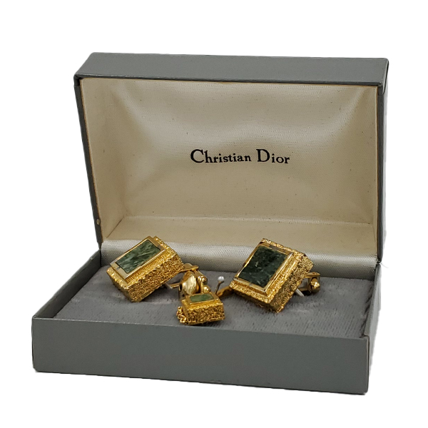 Pre-owned Christian Dior Vintage Men's Tie Clip in gold, with box.