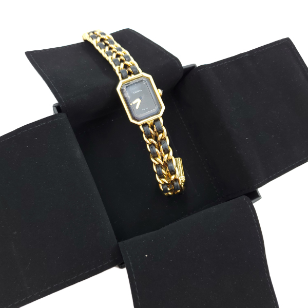 Pre-owned Chanel Première Gold Plated Women's Wristwatch in black and gold, with box.