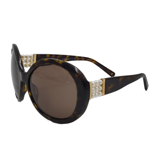 Chanel 5159-H Pearl Round Sunglasses - side 1