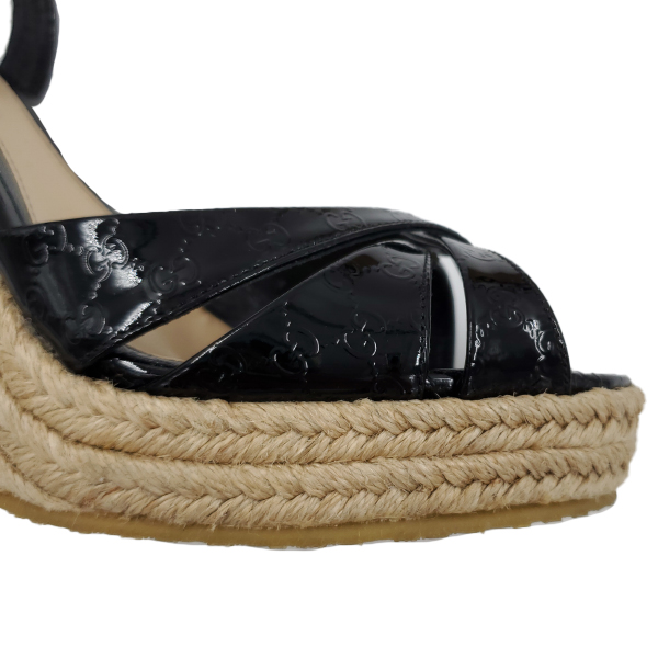 Gucci Vernice Microguccissima Wedges - details